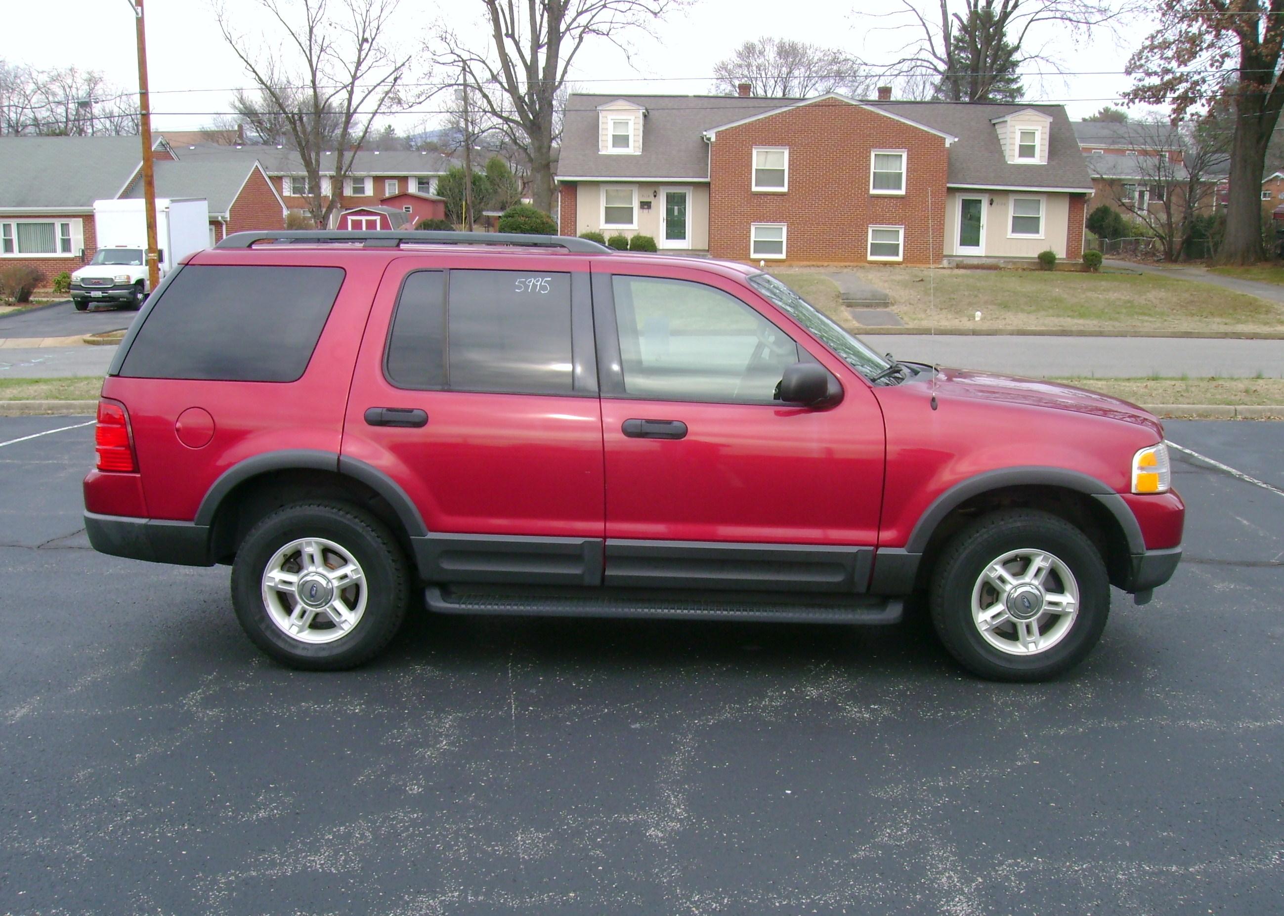 2003 ford explorer xlt 004
