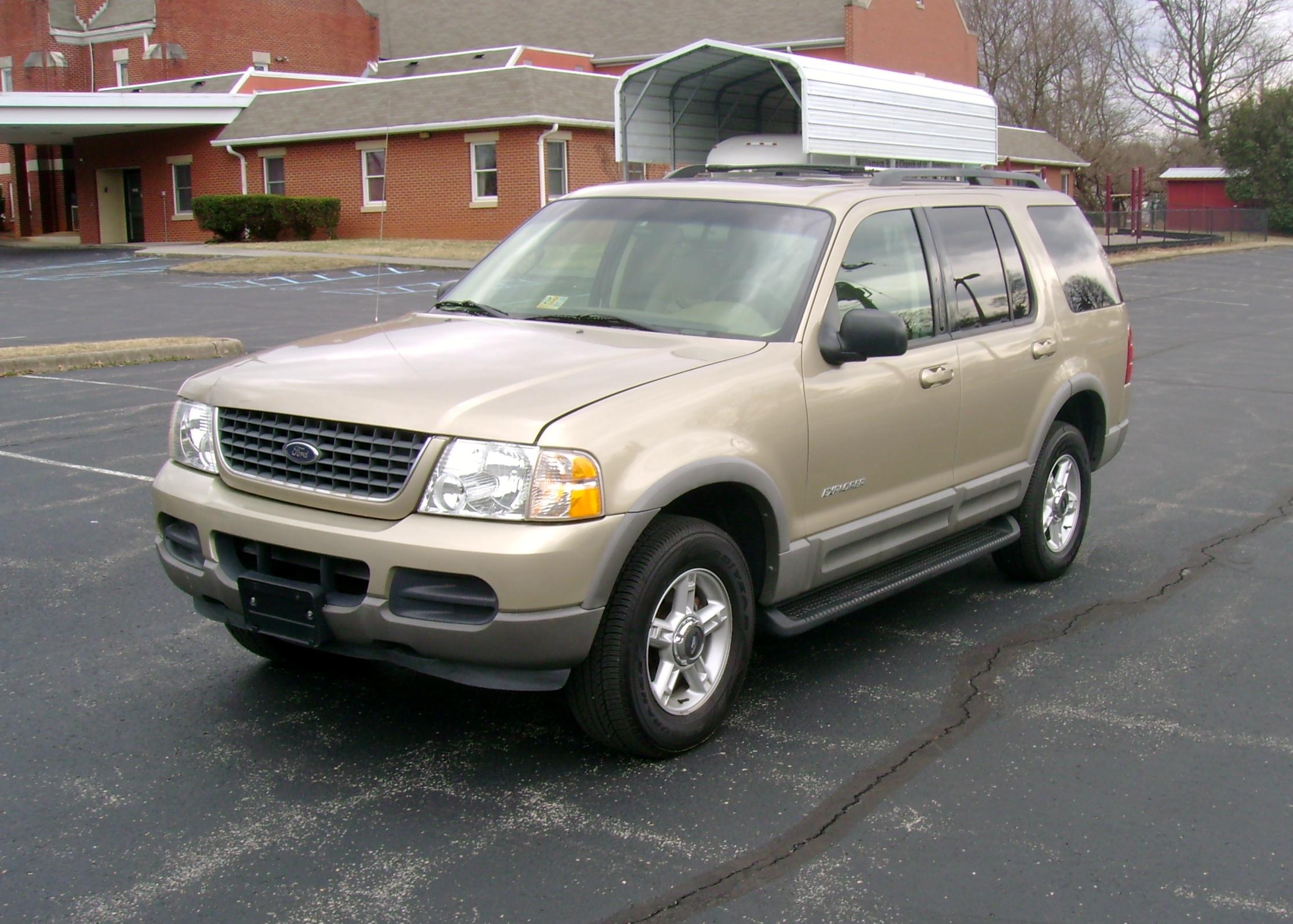2002 ford explorer xlt 003