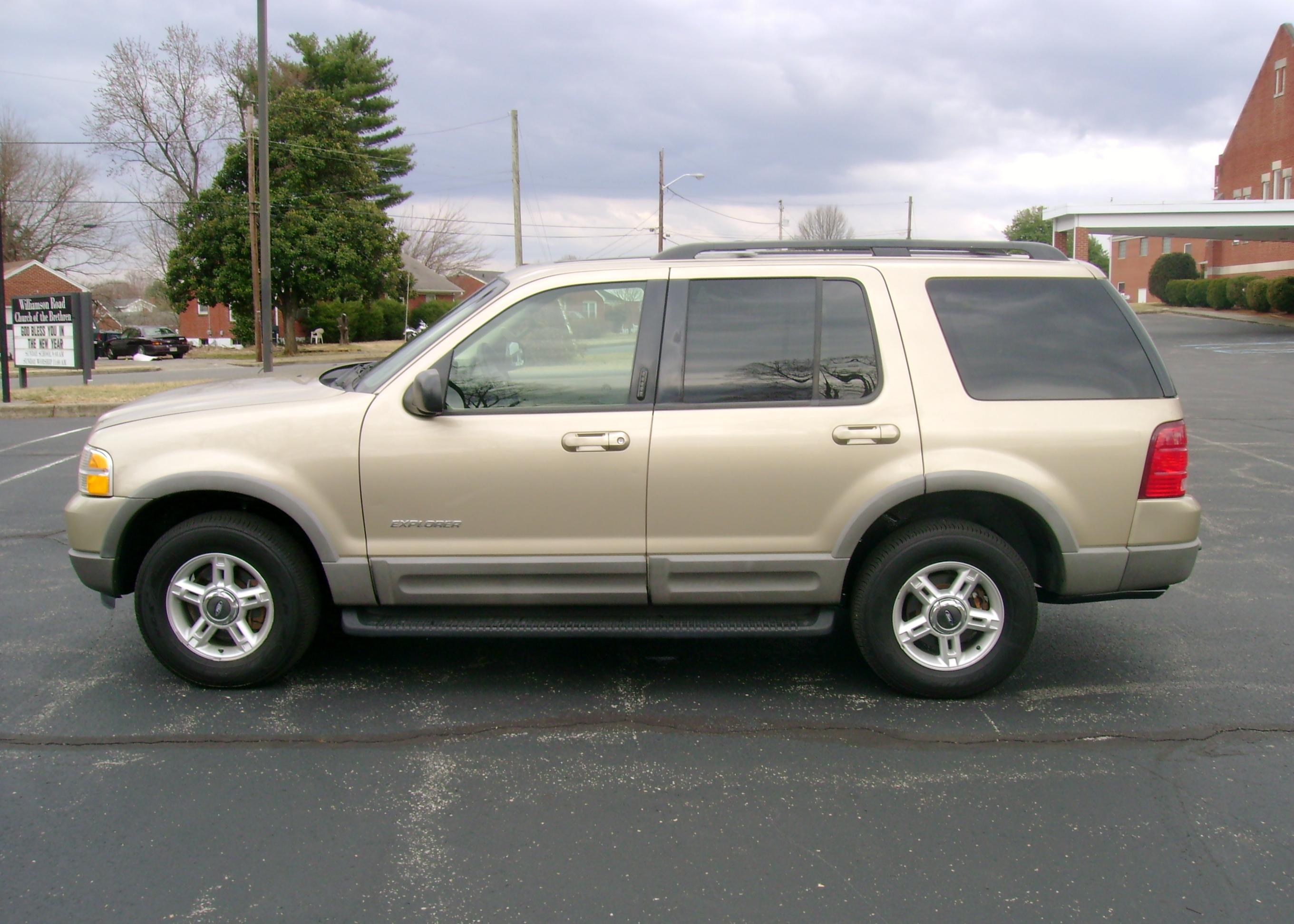 2002 ford explorer xlt 004