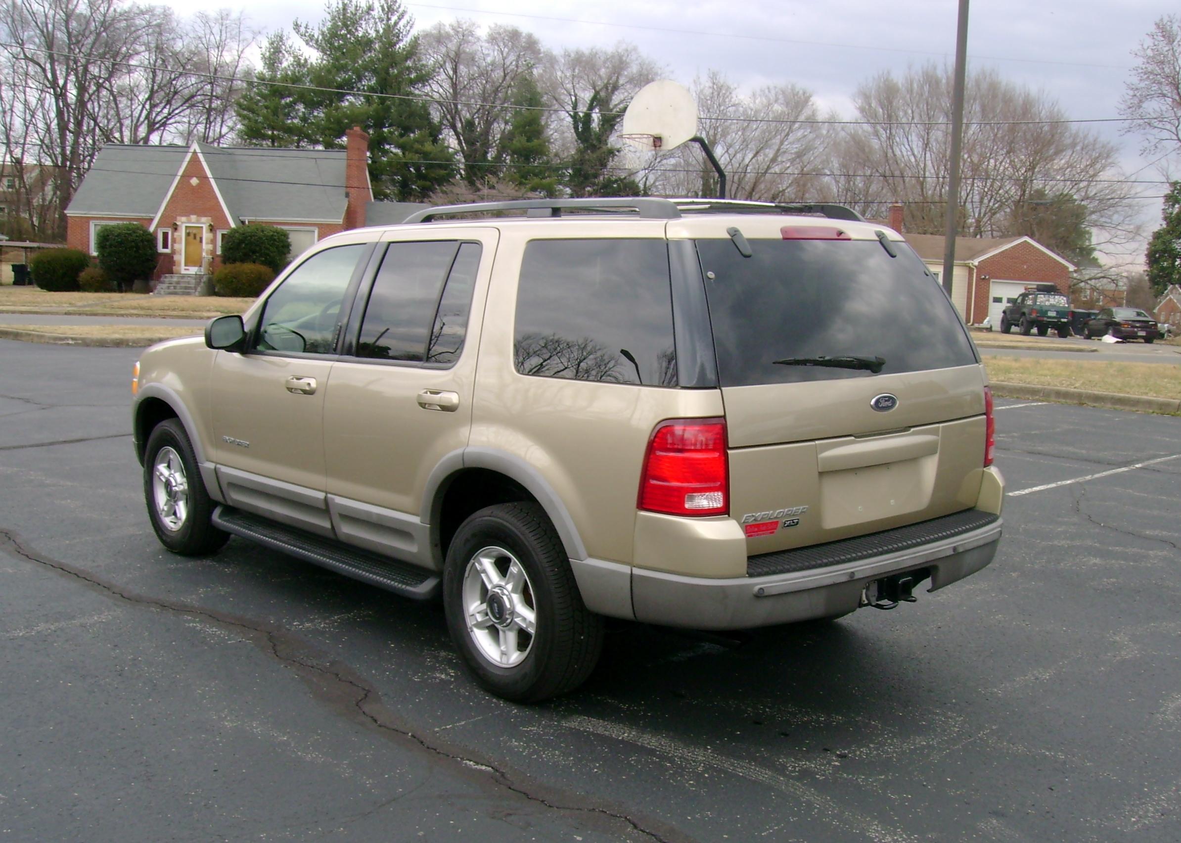 2002 ford explorer xlt 005