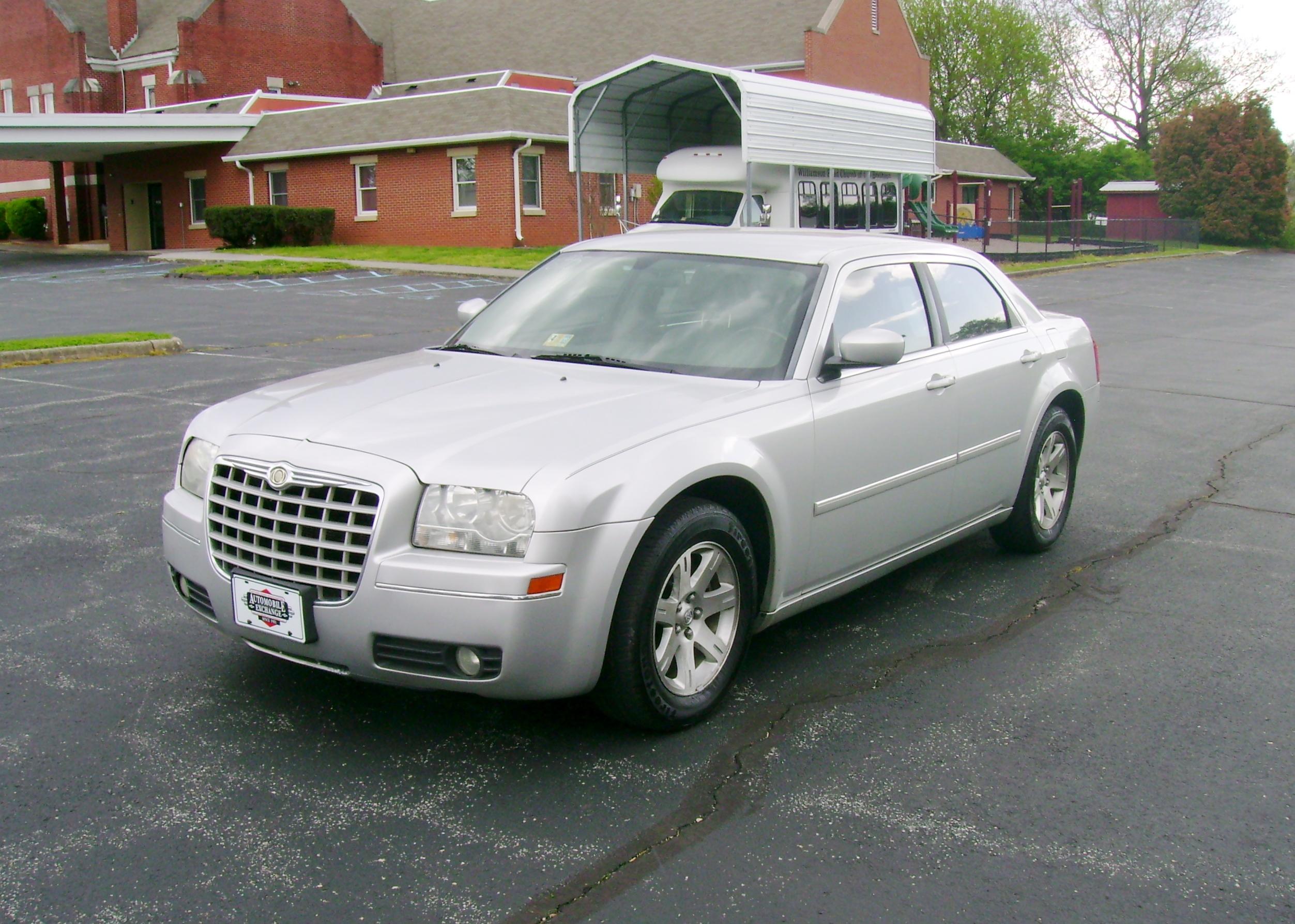 2006 Chrysler 300 Touring 001