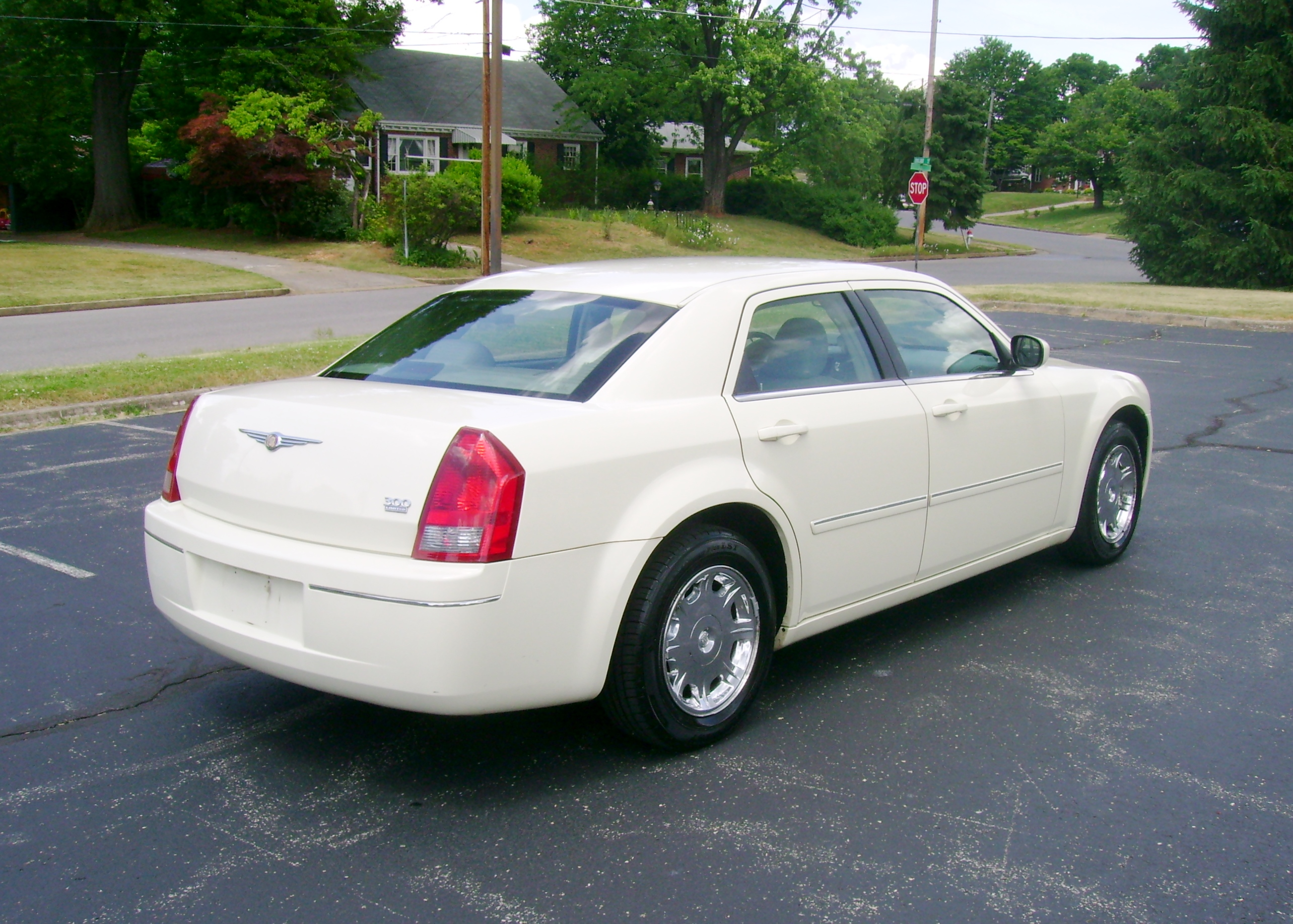 2006 chrysler 300 005
