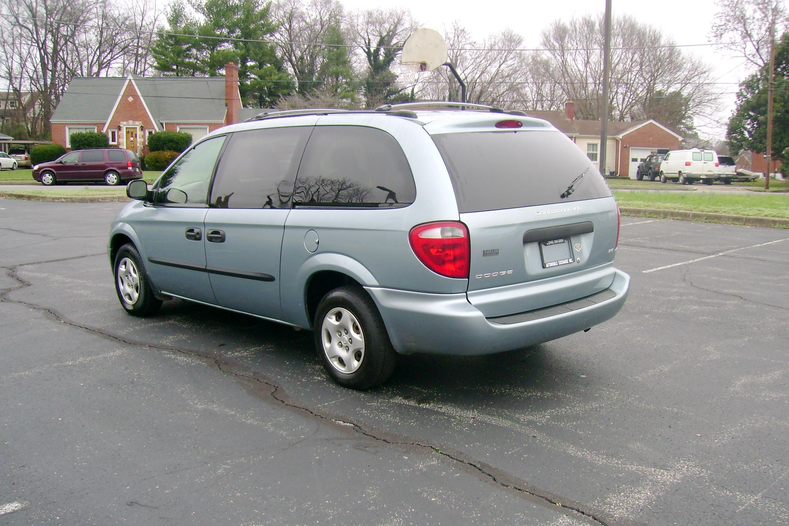 2003 Dodge Grand Caravan 007
