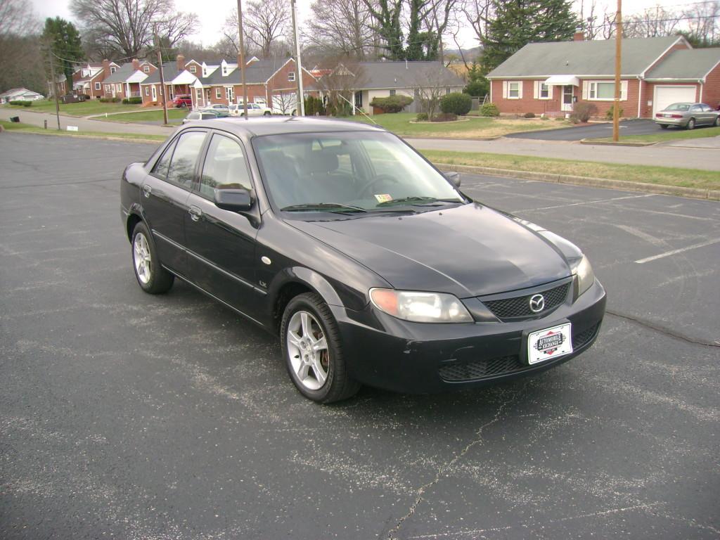 http://www.automobileexchangeinc.com/wp-content/uploads/2016/01/2003-Mazda-Protege-002-1024x768.jpg