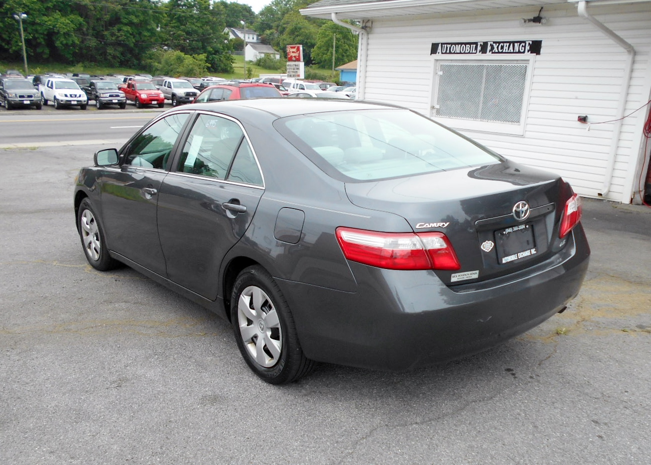 2007 Toyota Camry LE 007