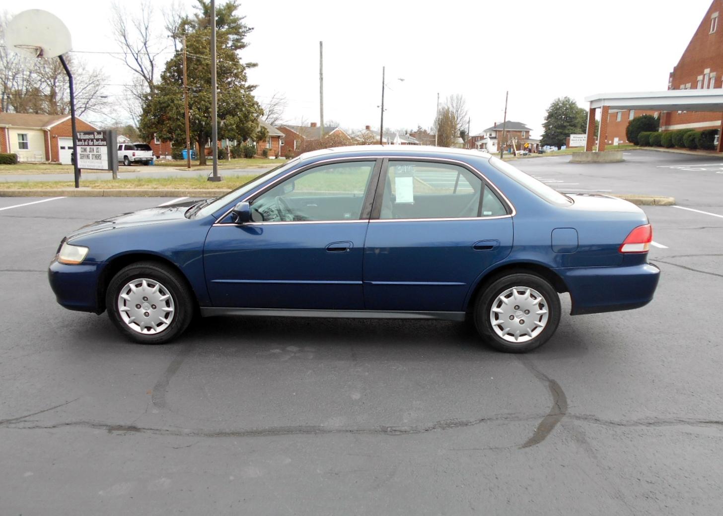 Charming 2002 Honda Accord LX 008
