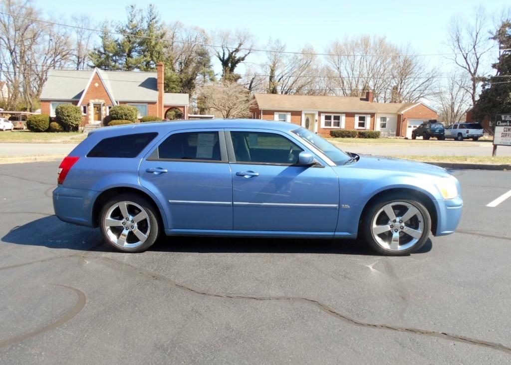 2007 Dodge Magaum 005