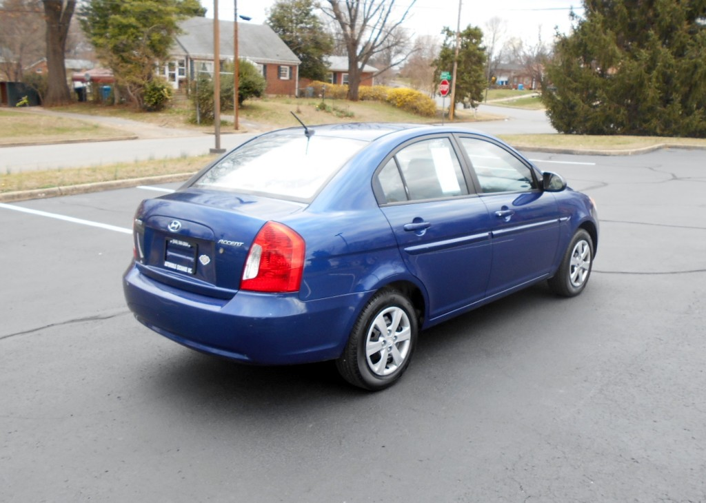 2009 Hyundai Accent GLS 005
