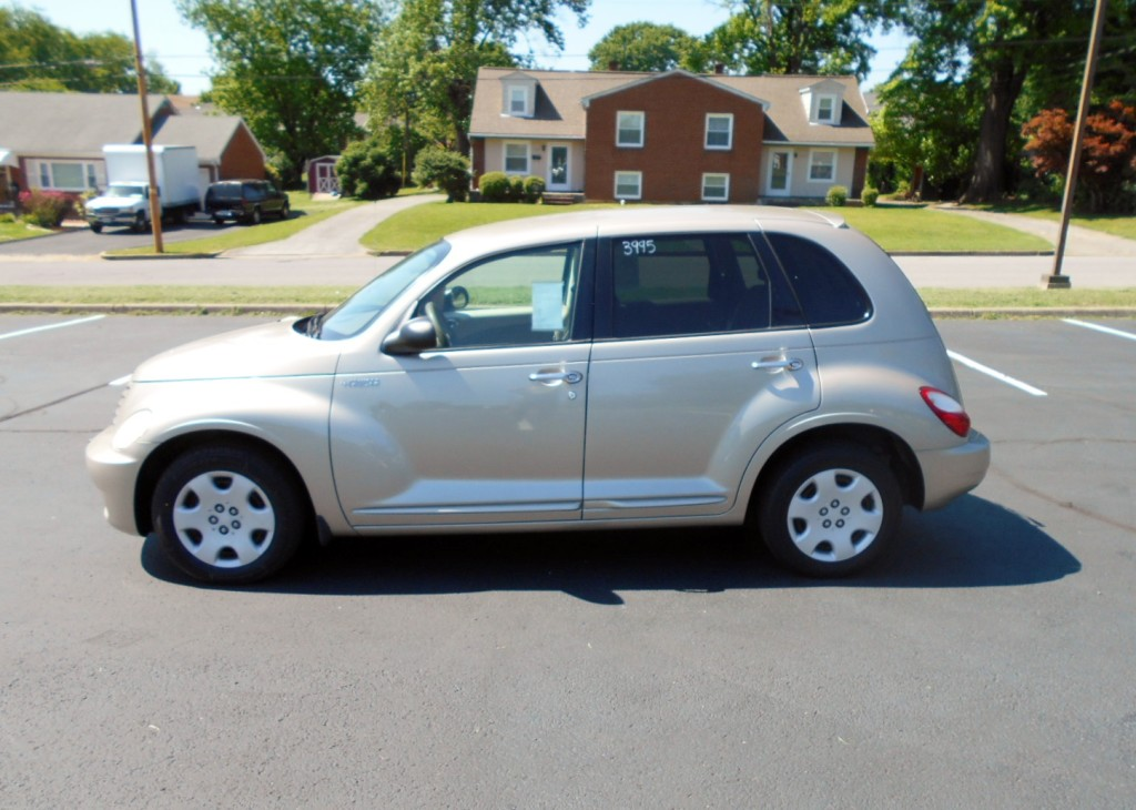 2006 Chrysler PT Cruiser Touring 001