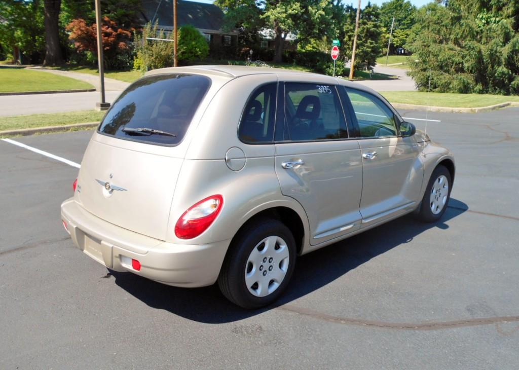 2006 Chrysler PT Cruiser Touring 006