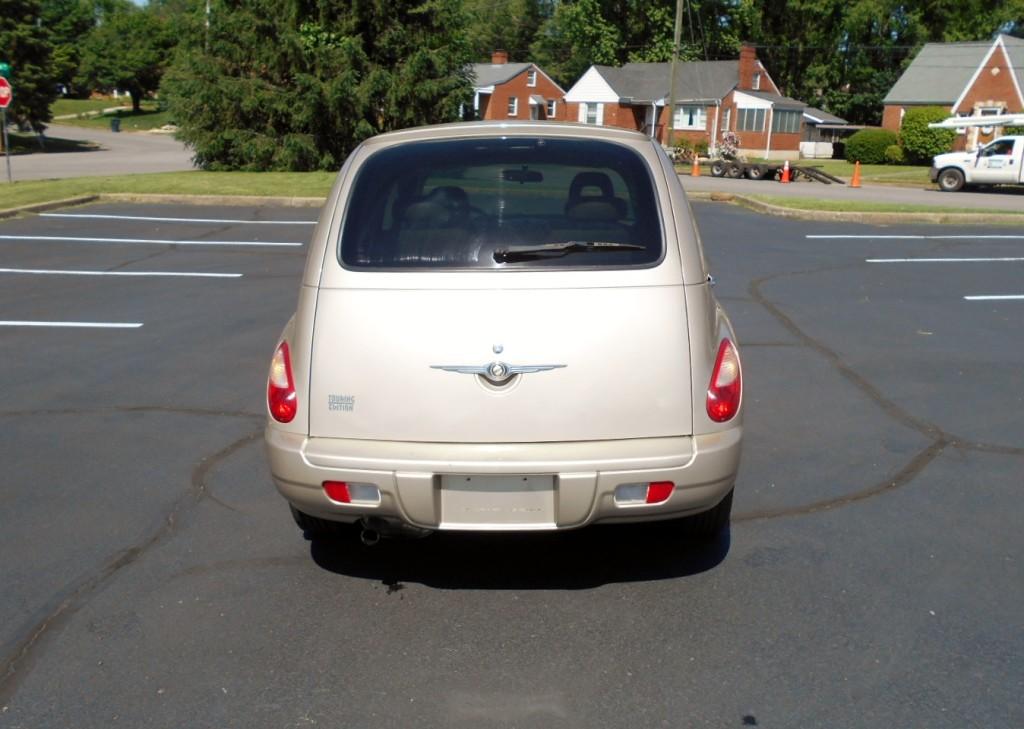 2006 Chrysler PT Cruiser Touring 007
