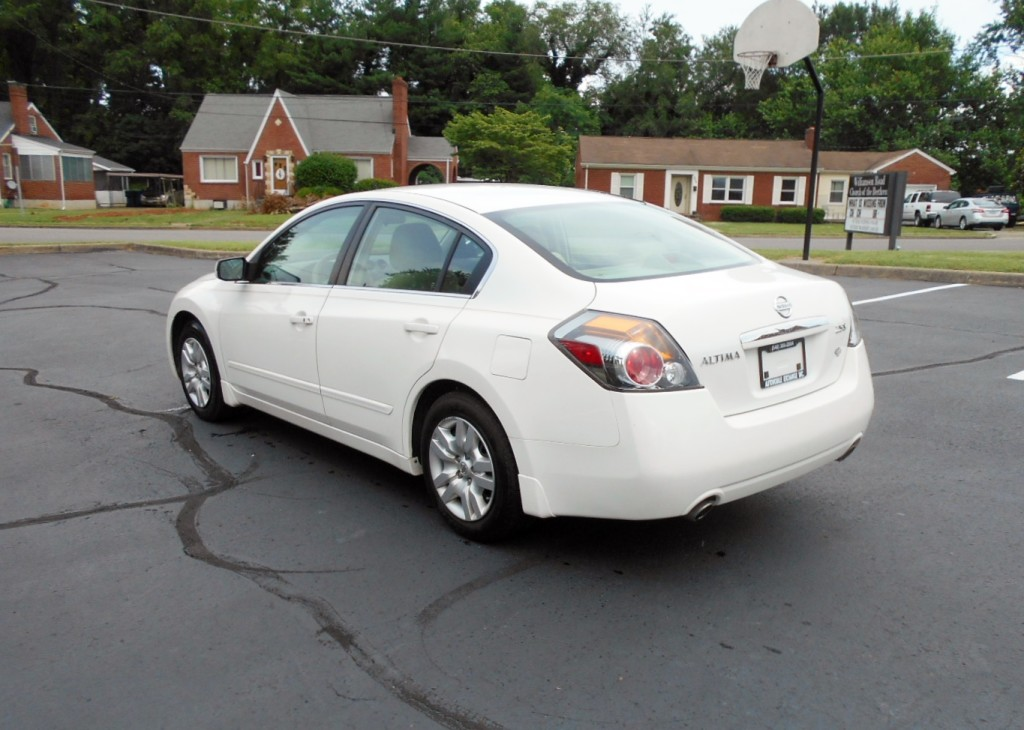2009 Nissan Altima 2.5S 007