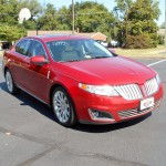 2010 Lincoln MKS 004