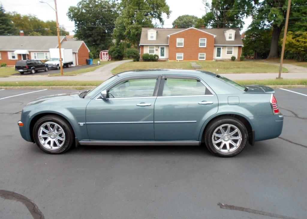 2005 Chrysler 300c Hemi 001