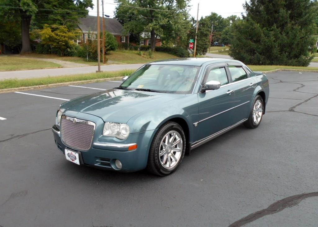 2005 Chrysler 300c Hemi 002