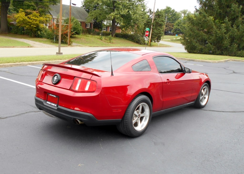2010 Ford Mustang 005