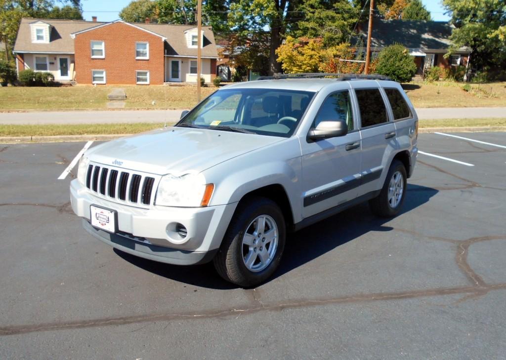 2006 Jeep Grand Cherokee Laredo 002