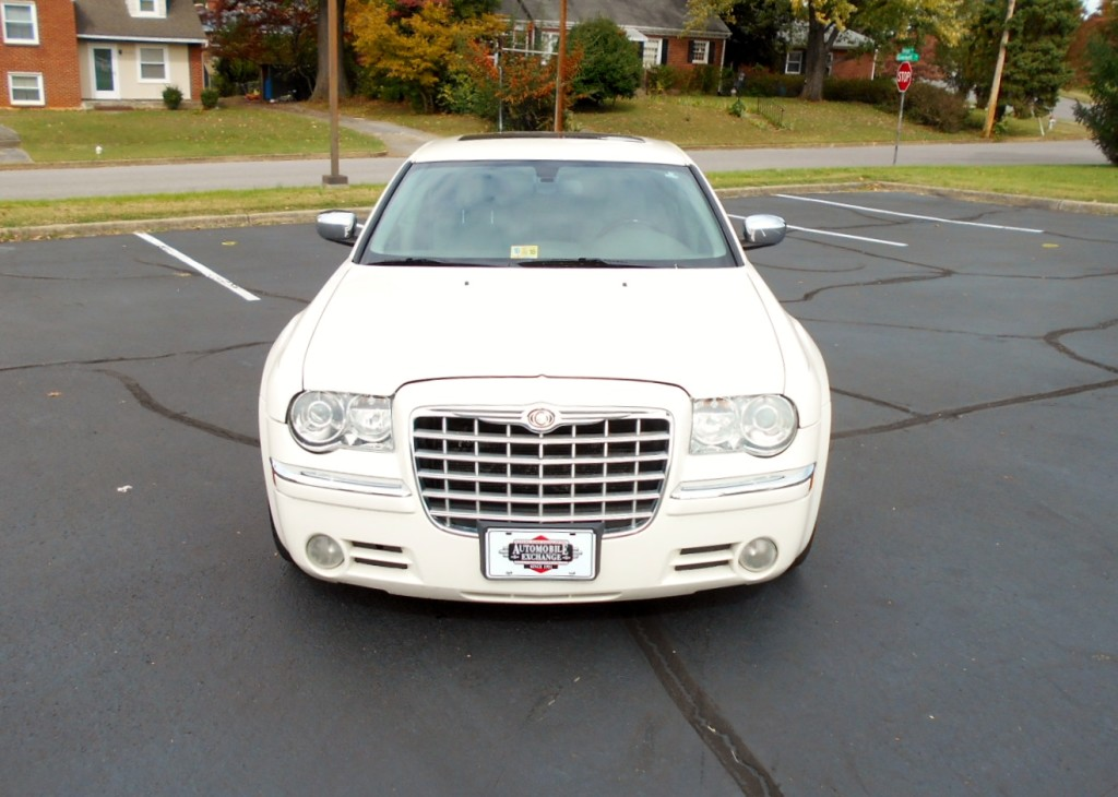 2007 Chrysler 300C Hemi 004