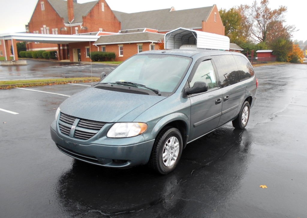 2006 Dodge Grand Caravan 002