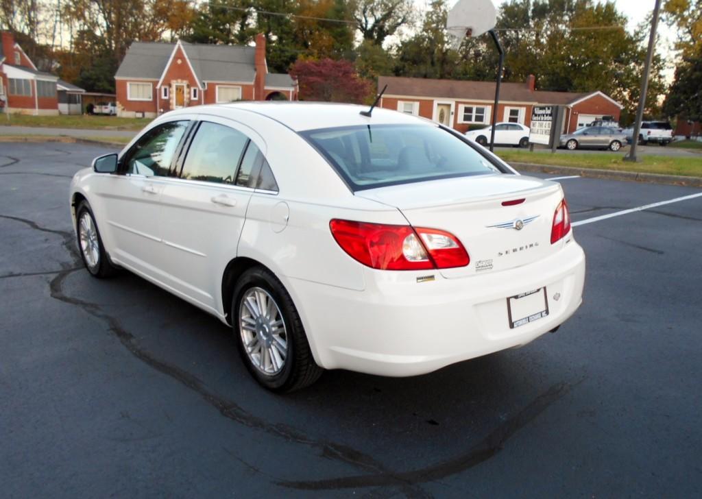 2008 Chrysler Sebring 008