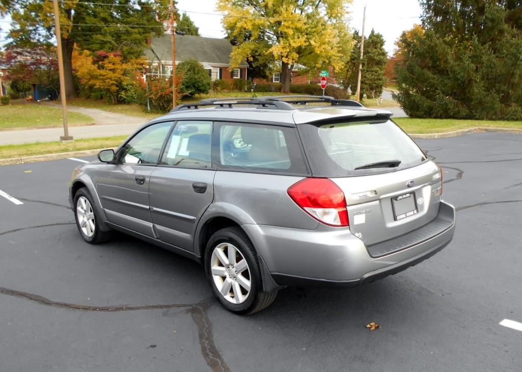 2009 Subaru Outback 008