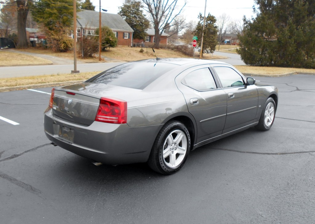 2008 Dodge Charger 005