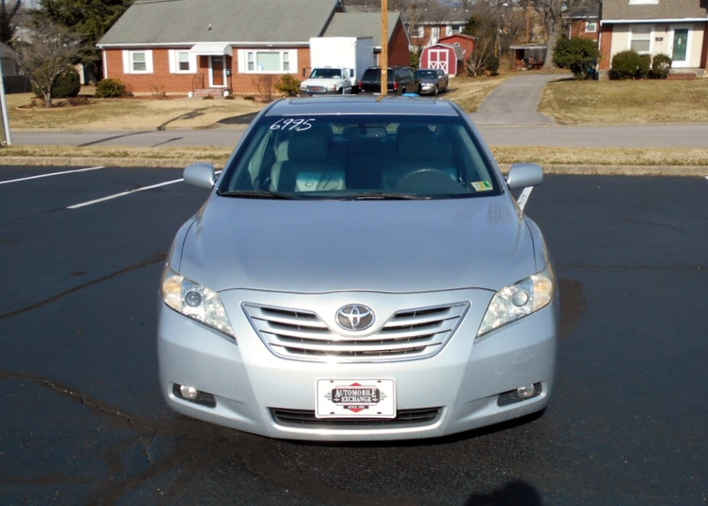 2008 Toyota Camry XLE 003