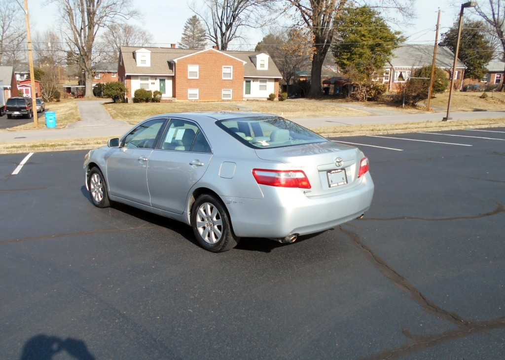 2008 Toyota Camry XLE 008